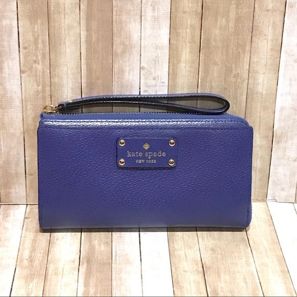 kate spade Handbags - Kate Spade Layton Wellesley Wallet Wristlet